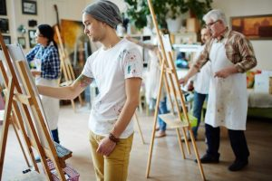 Why should one opt for painting classes?